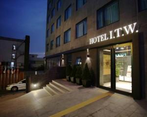 AirAsia Korea Promotion 2017 - I.T.W. Hotel